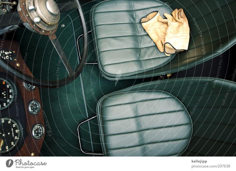 stand der technik Lifestyle elegant Stil Design Freizeit & Hobby Technik & Technologie Verkehr Fahrzeug PKW Oldtimer Cabrio alt Handschuhe Lenkrad Ledersitz