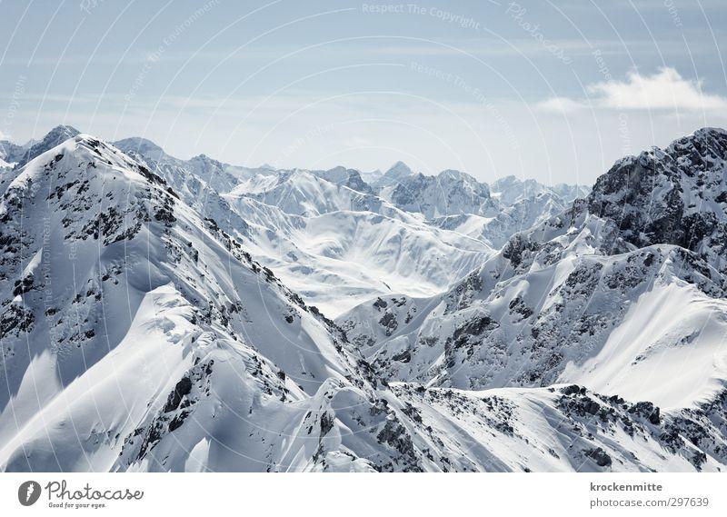rufende Berge Umwelt Natur Landschaft Himmel Wolken Horizont Schnee Felsen Alpen Berge u. Gebirge Gipfel Schneebedeckte Gipfel wandern blau Schweiz Bergsteigen