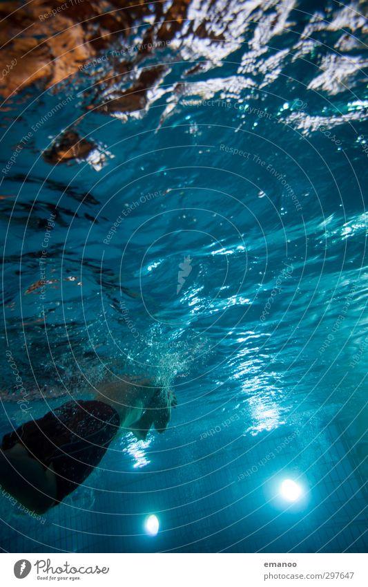 Brust Mensch Mann Jugendliche blau Wasser Erwachsene kalt Leben Sport Schwimmen & Baden Lampe Gesundheit Luft Körper Freizeit & Hobby Fitness