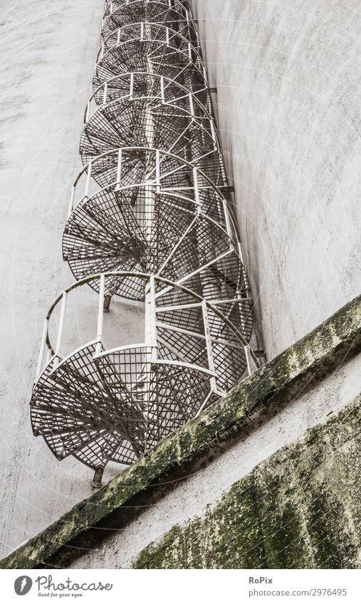 Natur alt Architektur Umwelt Fassade Arbeit & Erwerbstätigkeit Design Treppe Metall Hochhaus Technik & Technologie Industrie Beton Turm Güterverkehr & Logistik