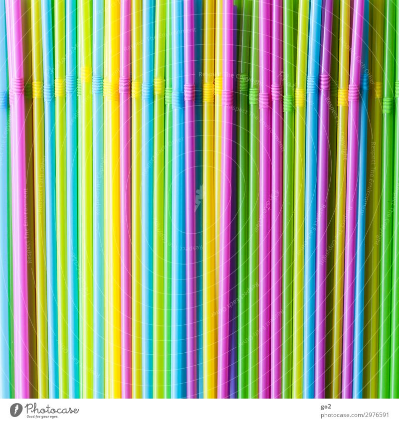 Trinkhalme Erfrischungsgetränk Longdrink Cocktail Ferien & Urlaub & Reisen Sommer Sommerurlaub Party Bar Cocktailbar trinken Feste & Feiern Müll Kunststoffmüll