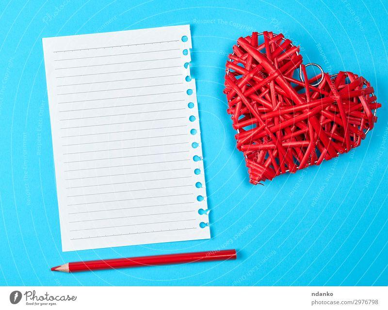 Holzweide rotes Herz und ein leeres weißes Laken Design schön Dekoration & Verzierung Tisch Feste & Feiern Valentinstag Hochzeit Büro Business Papier