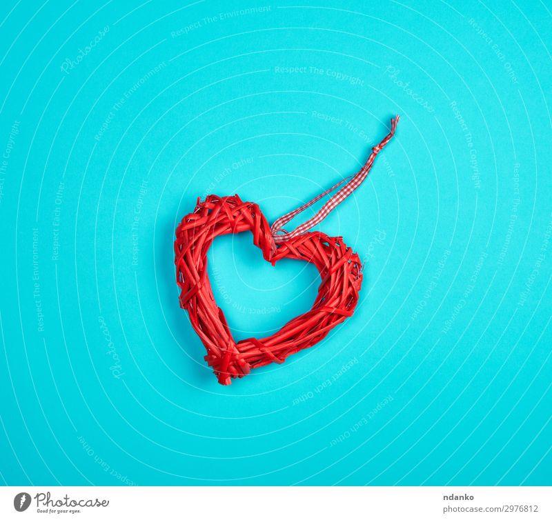 Weidenrotes Herz auf blauem Hintergrund Design schön Dekoration & Verzierung Feste & Feiern Hochzeit Holz Liebe Romantik Farbe Entwurf Textfreiraum Februar