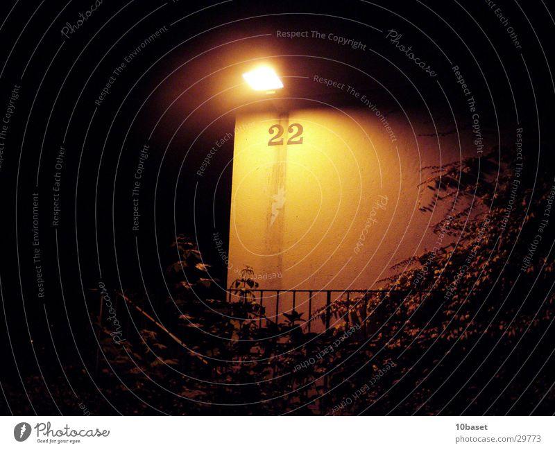 zweiundzwanzig bei Nacht Lampe Beleuchtung Freizeit & Hobby Laterne Straßenbeleuchtung Hausnummer Wolfsburg