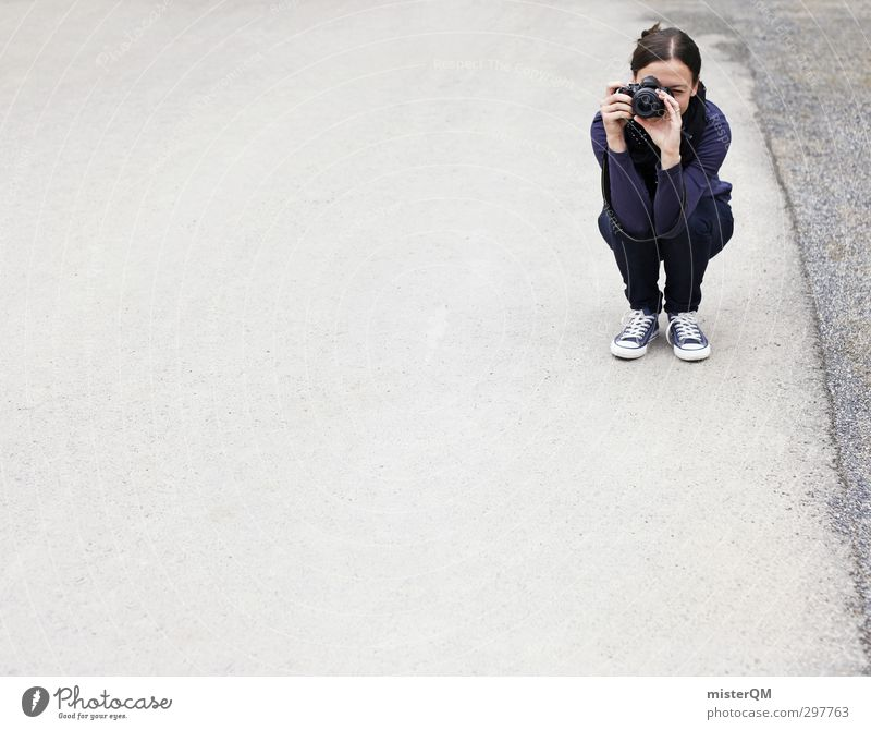 Snapshot. Mensch feminin 1 18-30 Jahre Jugendliche Erwachsene Kunst ästhetisch Lifestyle Fotografie Fotografieren Mädchen Frau Freizeit & Hobby hocken modern