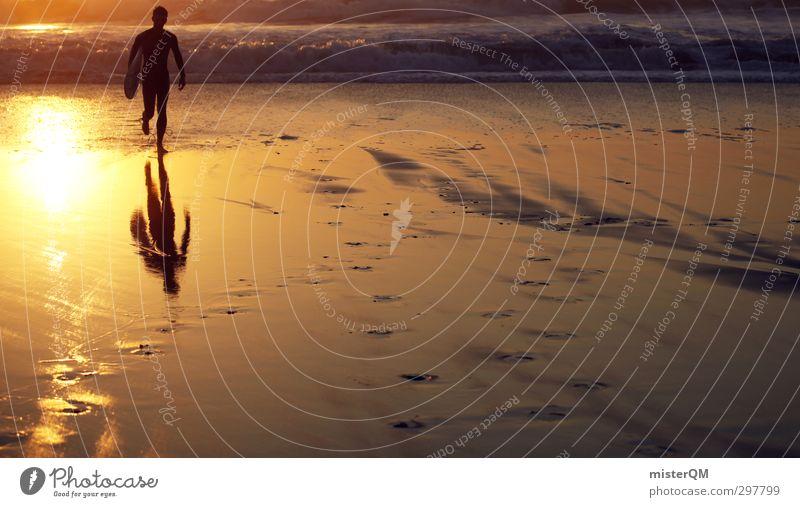 Golden One. Kunst ästhetisch Zufriedenheit Wellness Surfen Surfer Surfbrett Surfschule Sonne Reflexion & Spiegelung Meer Küste Wassersport Feierabend Farbfoto