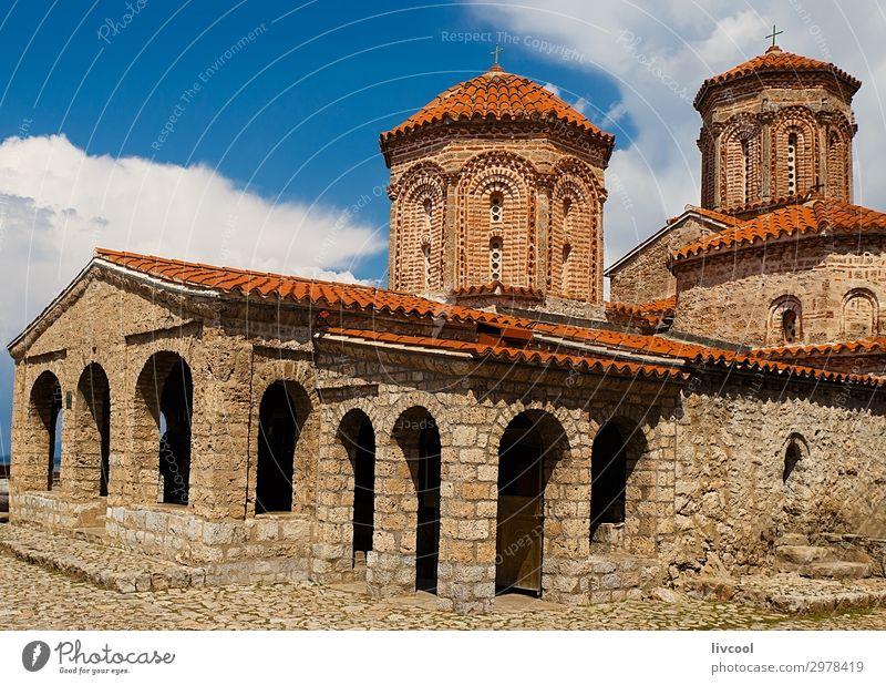 Kloster Naum, Mazedonien - Europa Tourismus Kunst Kultur Himmel Wolken Kirche Architektur Fassade Dach Denkmal Stein alt historisch schön einzigartig blau rot
