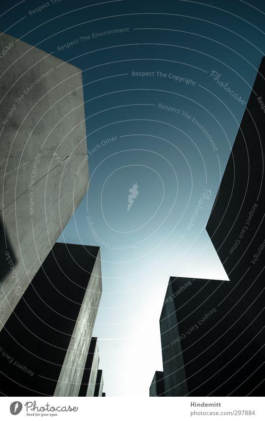 #297884 Himmel blau kalt Wand Architektur Mauer grau Stein außergewöhnlich Angst modern Beton gefährlich ästhetisch bedrohlich Trauer