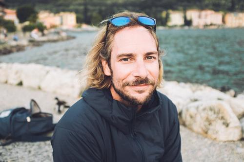 Surfer Lifestyle elegant Stil Freizeit & Hobby Ferien & Urlaub & Reisen Sommerurlaub Strand Sport Junger Mann Jugendliche 30-45 Jahre Erwachsene Natur