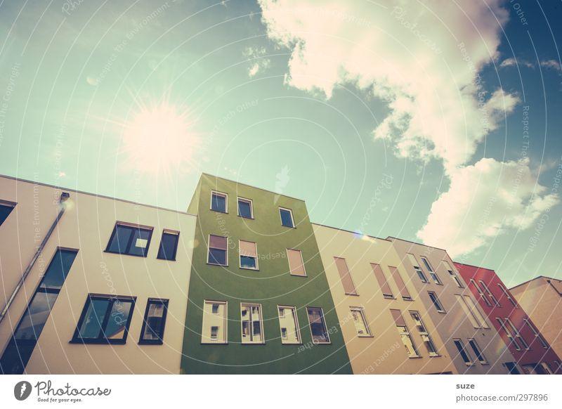 Blockade Himmel Stadt Sonne Wolken Haus Umwelt Fenster Architektur Gebäude Stil außergewöhnlich Fassade Klima Energiewirtschaft Design modern