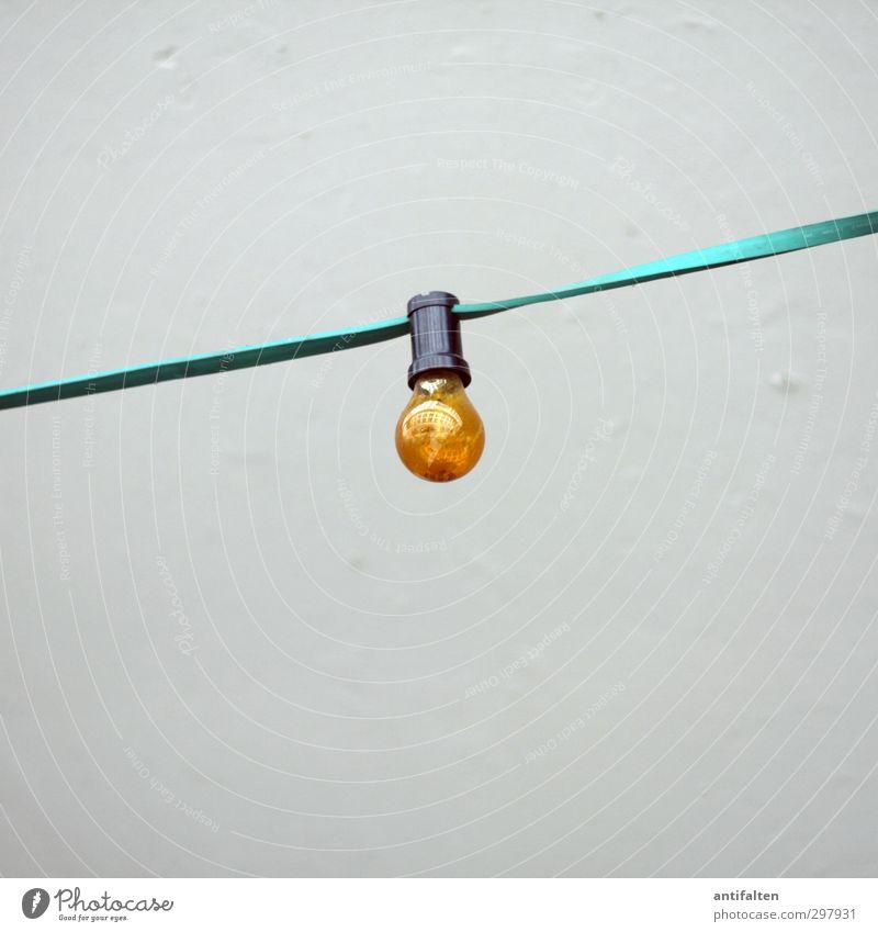 Eine Glühbirne... Freude gelb Wand Beleuchtung Party orange glänzend Freizeit & Hobby Glas Fröhlichkeit Dekoration & Verzierung retro rund Idee Lebensfreude
