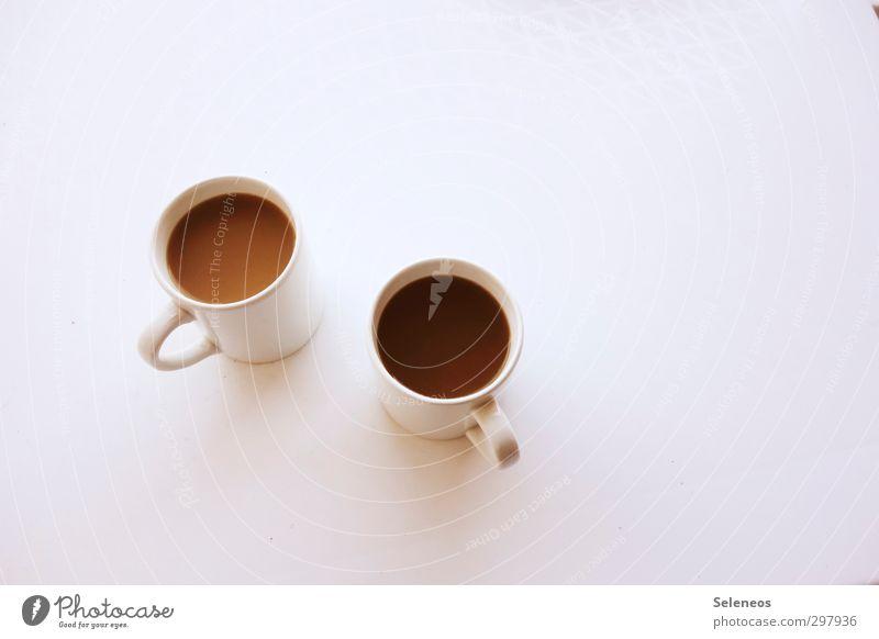 But first, coffee. Lebensmittel Ernährung Getränk Heißgetränk Kaffee Tasse Becher Erholung genießen frisch Zusammensein lecker stark Wärme braun weiß Farbfoto