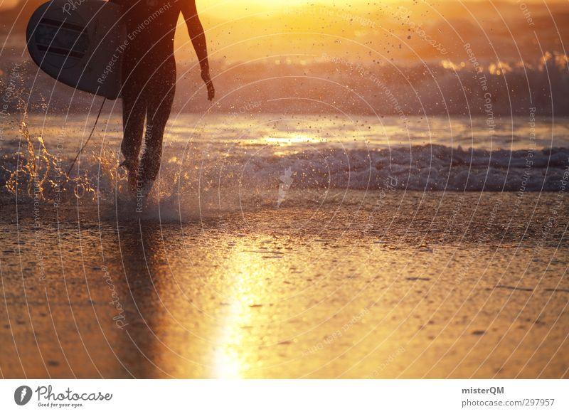come ashore. Ferien & Urlaub & Reisen Wasser Kunst maskulin Wellen gold Zufriedenheit ästhetisch Laufsport Romantik Surfen Wassersport Surfer Portugal Surfbrett