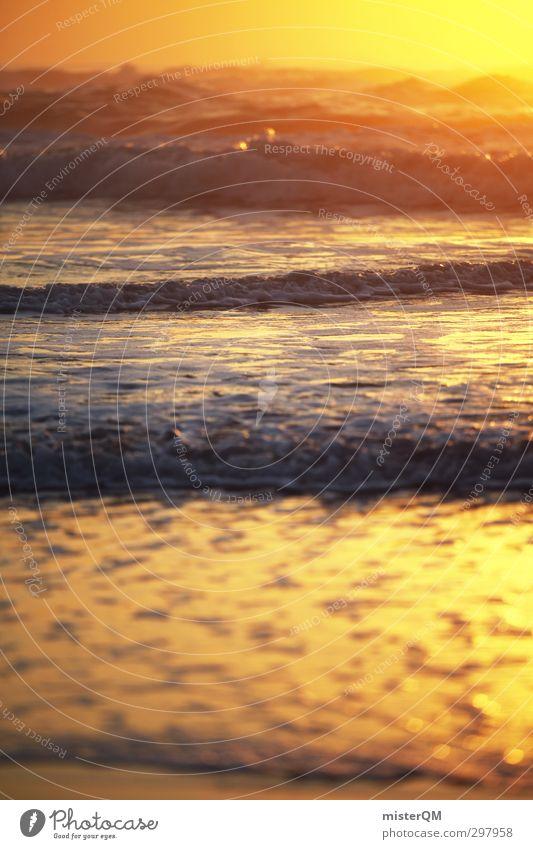 Golden Wide. Kunst ästhetisch Zufriedenheit Sonnenuntergang Wellen Wellengang Wellenform Wellenschlag Wellenlinie Wellenbruch Wellenlänge Wellental Wellenkamm