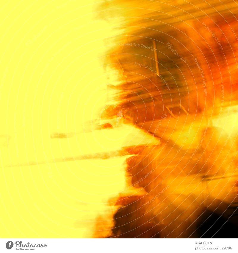 feuersturm rot gelb Fenster orange Brand Sturm Eile Fototechnik