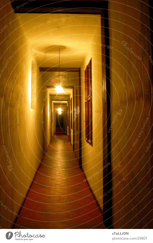 gang Glühbirne lang Physik Architektur Wärme Burg oder Schloss Gang