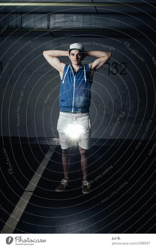 Flash Light Mensch Jugendliche Erwachsene Junger Mann Gefühle 18-30 Jahre maskulin Abenteuer gut
