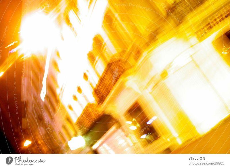 fast driving gelb Verkehr Geschwindigkeit fahren Nacht Verzerrung