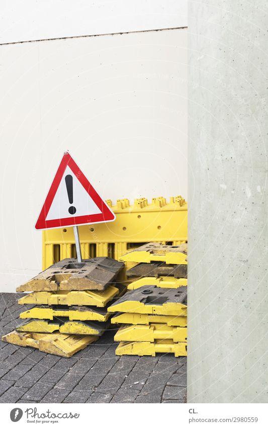 achtung Arbeit & Erwerbstätigkeit Baustelle Wirtschaft Mauer Wand Verkehr Verkehrswege Straßenverkehr Wege & Pfade Verkehrszeichen Verkehrsschild Zeichen