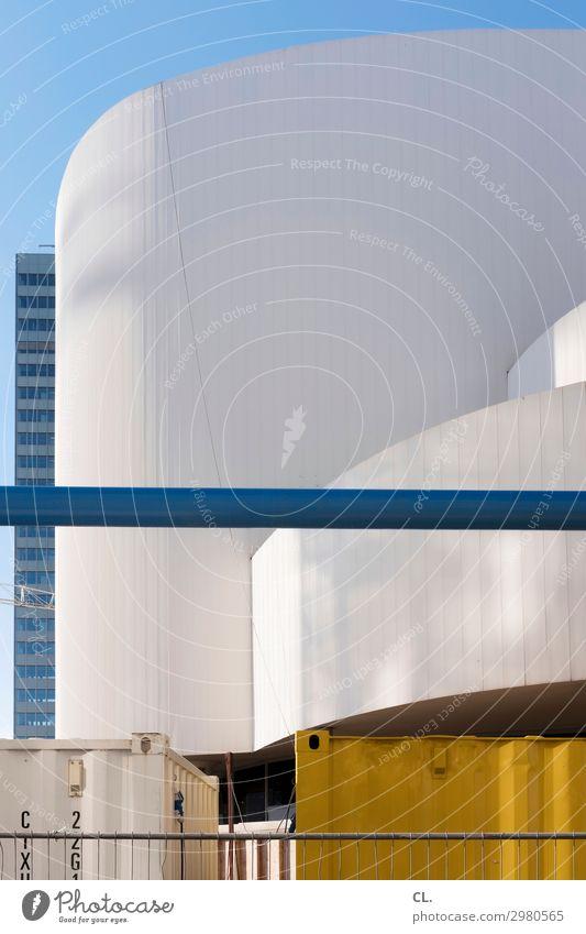 wandel und veränderung Baustelle Wirtschaft Himmel Wolkenloser Himmel Schönes Wetter Düsseldorf Stadt Bauwerk Gebäude Architektur Sehenswürdigkeit Container