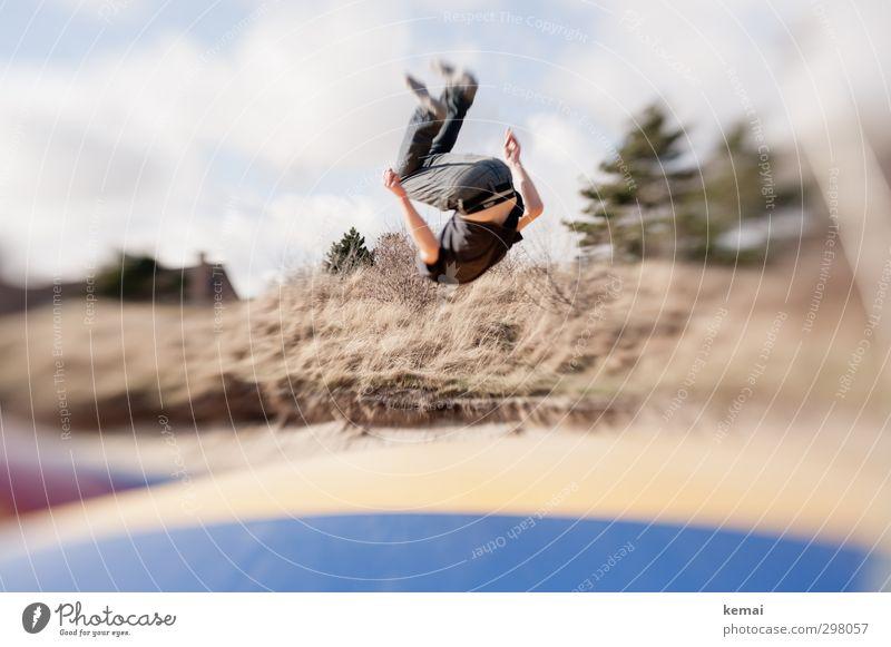 Rømø | Saltoman Mensch Natur Jugendliche Erwachsene Junger Mann Leben Sport Spielen 18-30 Jahre Beine springen Körper maskulin Arme Freizeit & Hobby Rücken