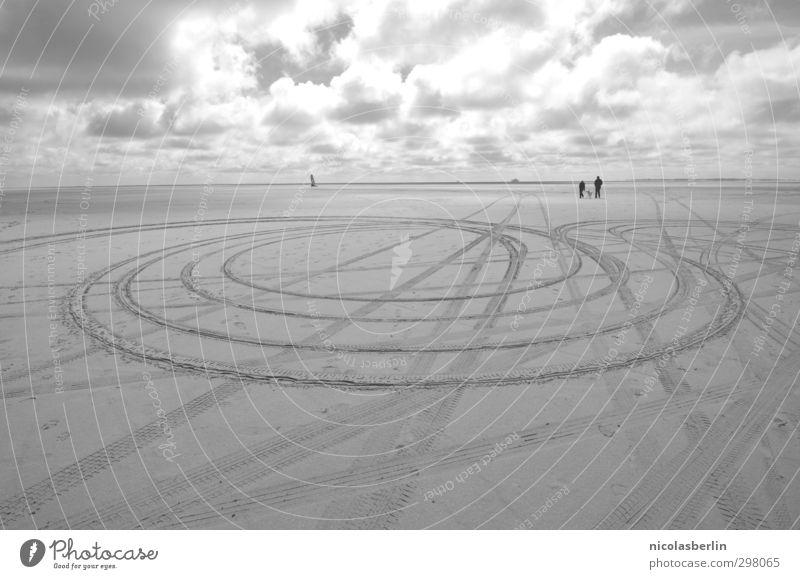 Rømø | SIGNS Himmel Ferien & Urlaub & Reisen Landschaft Wolken Strand Ferne dunkel Wege & Pfade Freiheit Küste Sand groß Ausflug Abenteuer Zeichen Unendlichkeit
