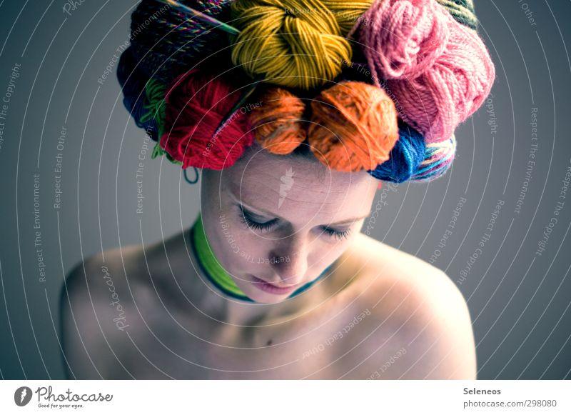 Wolllust Mensch feminin Frau Erwachsene Körper Haut Kopf Gesicht Auge Nase Mund Lippen 1 Accessoire Schmuck Hut Haare & Frisuren nah nackt weich Wollust Wolle