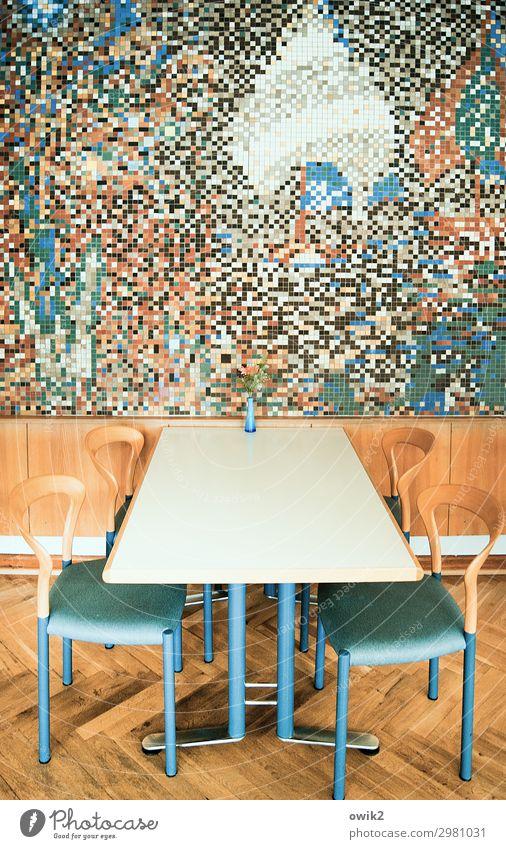 Mensa Kunstwerk Mosaik Mauer Wand Tisch Tischplatte Stuhl Innenarchitektur modern Wanddekoration Holzverkleidung Blumenvase Stein Glas Metall Kunststoff