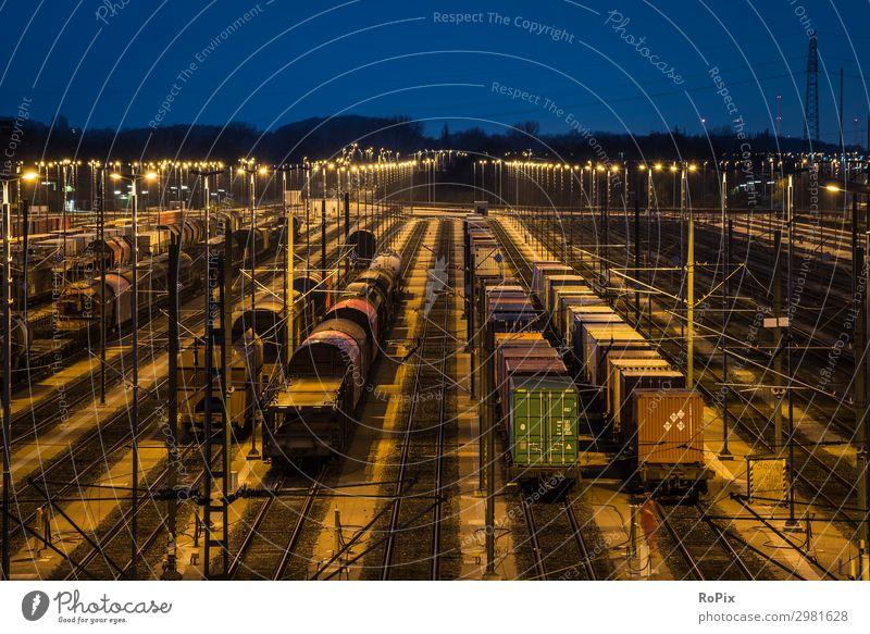 Eisenbahnweichenhof bei Nacht. Abenteuer Ferne Arbeit & Erwerbstätigkeit Beruf Arbeitsplatz Baustelle Wirtschaft Industrie Handel Güterverkehr & Logistik