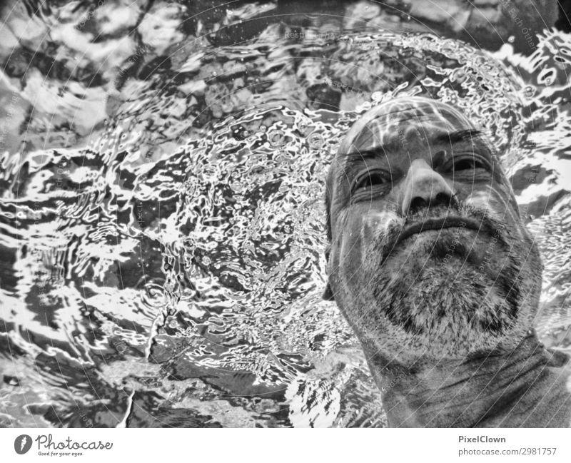 Neptun grübelt im Meer Freude Fitness Wellness Schwimmbad Whirlpool Ferien & Urlaub & Reisen Tourismus Sommerurlaub Strand Sport Wassersport tauchen Mensch