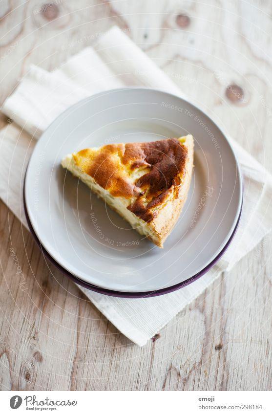 Gaumenschmaus Ernährung süß lecker Süßwaren Kuchen Teller Torte Dessert