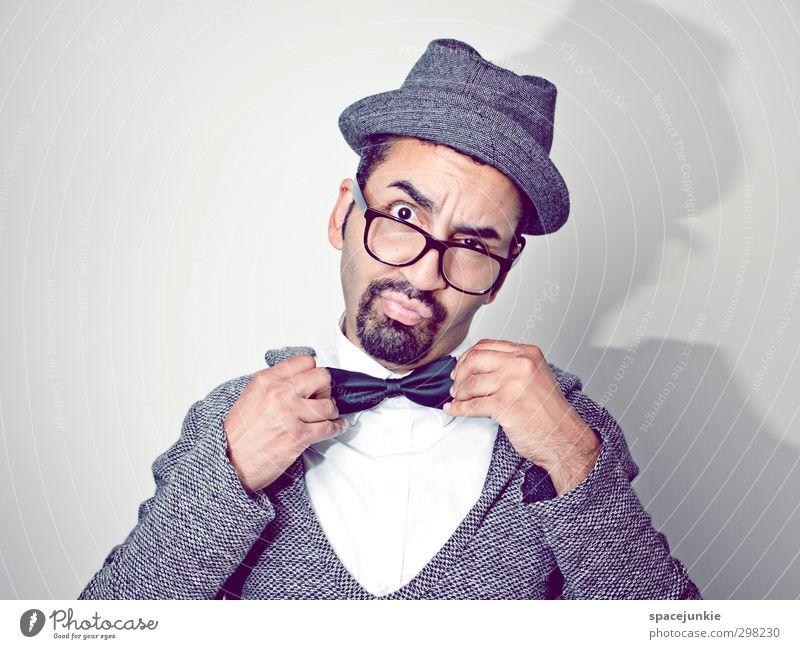 Schick machen Mensch maskulin Junger Mann Jugendliche Erwachsene 1 18-30 Jahre Mode Hemd Pullover Fliege Brille Hut schwarzhaarig Dreitagebart Vollbart