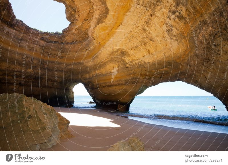 iO Portugal Algarve Höhle Seehöhlen Sea-Caves Benagil Praia de Benagil Felsalgarve Ferien & Urlaub & Reisen Reisefotografie Idylle Postkarte Tourismus Paradies