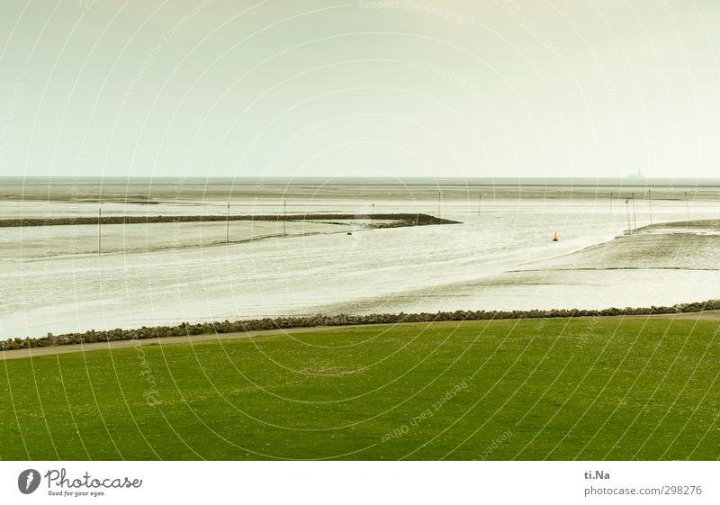 Gezeiten grün Wasser Erholung Gras Frühling Küste grau Horizont Luft Schönes Wetter Tourismus Hafen Nordsee Deich Boje