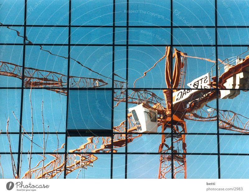 reflection Architektur Glas Hochhaus Kran
