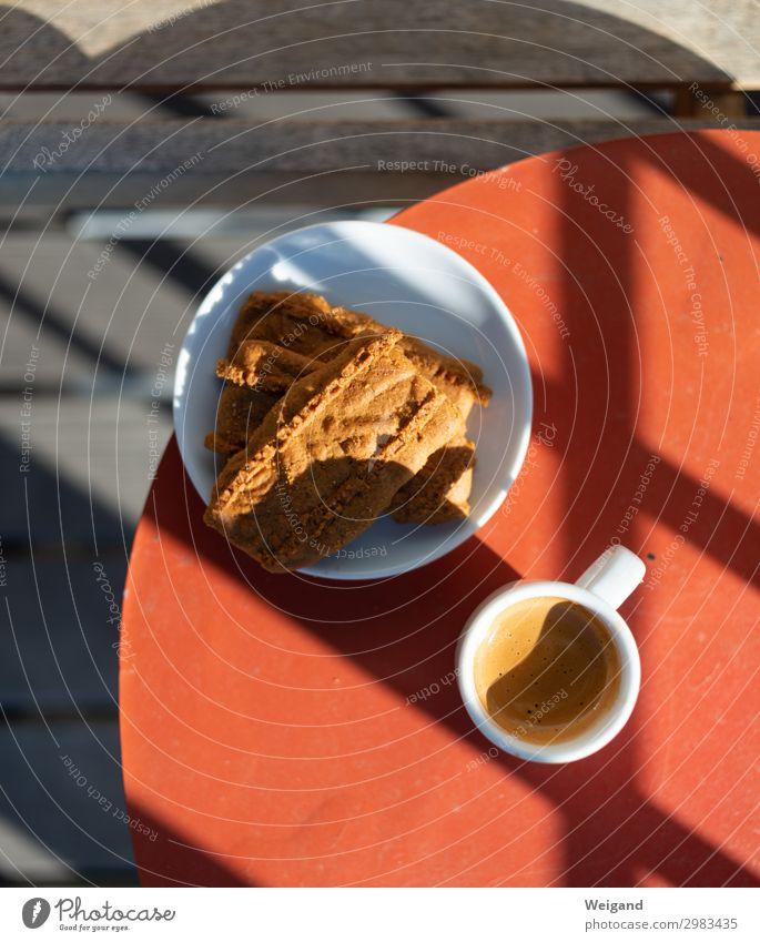 Espresso Lebensmittel Teigwaren Backwaren Ernährung Frühstück Kaffeetrinken Slowfood Erholung sitzen rot Qualität Pause lecker Tasse ruhig Italien Farbfoto