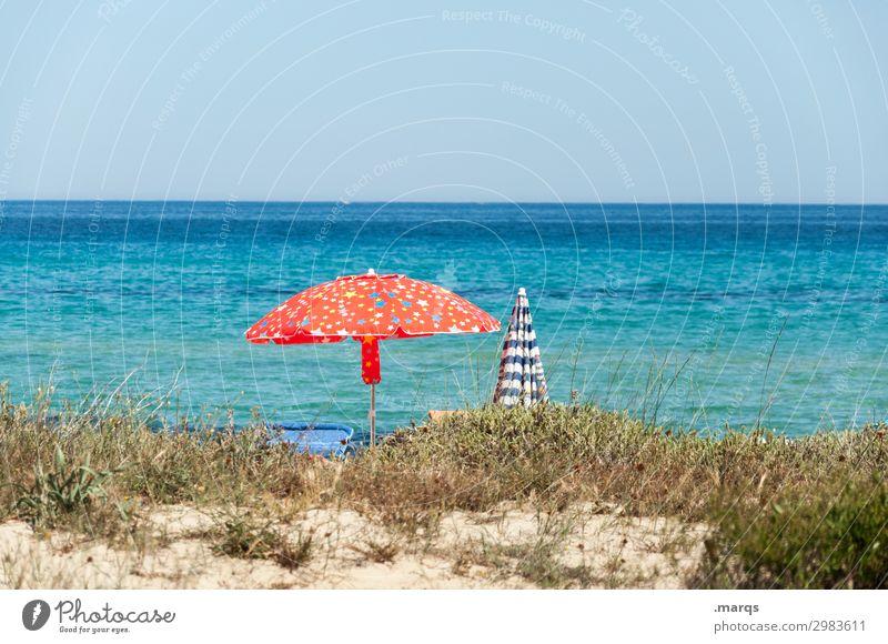 Urlaub am Meer Schönes Wetter Sonnenlicht Sommerferien Ferien & Urlaub & Reisen erholen Sonnenschirm heiß Himmel Urlaubsstimmung Strand