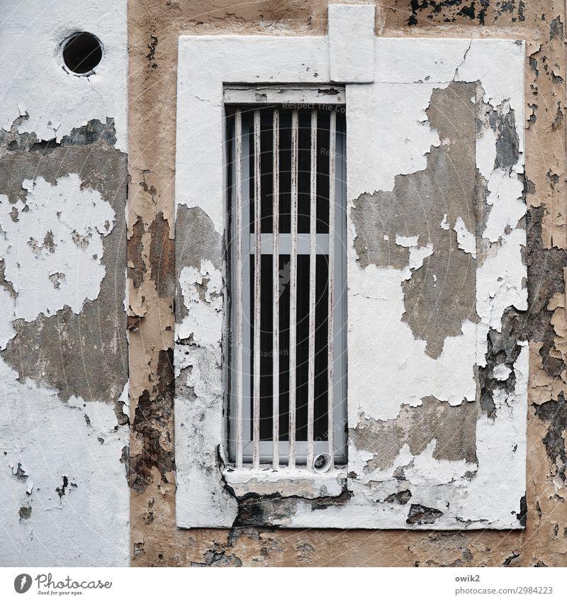 Abgewetzt Königswartha Lausitz Sachsen Deutschland Haus Burg oder Schloss Mauer Wand Fassade Fenster alt historisch Verfall Vergangenheit Vergänglichkeit