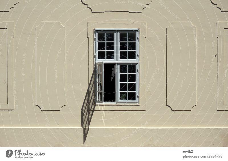 Öffnungszeiten Kleinstadt Haus Burg oder Schloss Mauer Wand Fassade Fenster ruhig beweglich offen Barock Mirow Mecklenburg-Vorpommern Farbfoto Außenaufnahme
