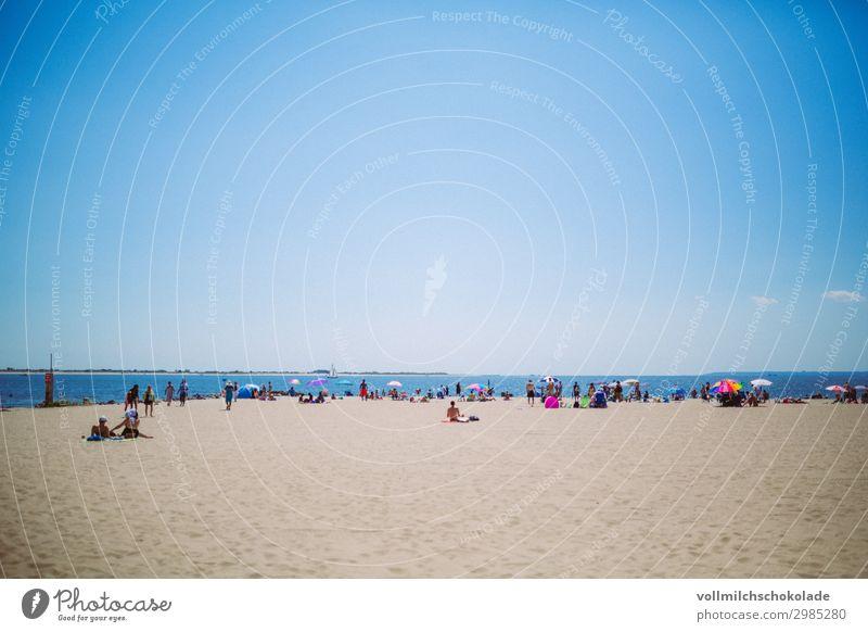 Großstadt-Strand Ferien & Urlaub & Reisen Tourismus Ausflug Abenteuer Ferne Freiheit Camping Sommer Sommerurlaub Sonne Sonnenbad Meer Insel Wellen Pause