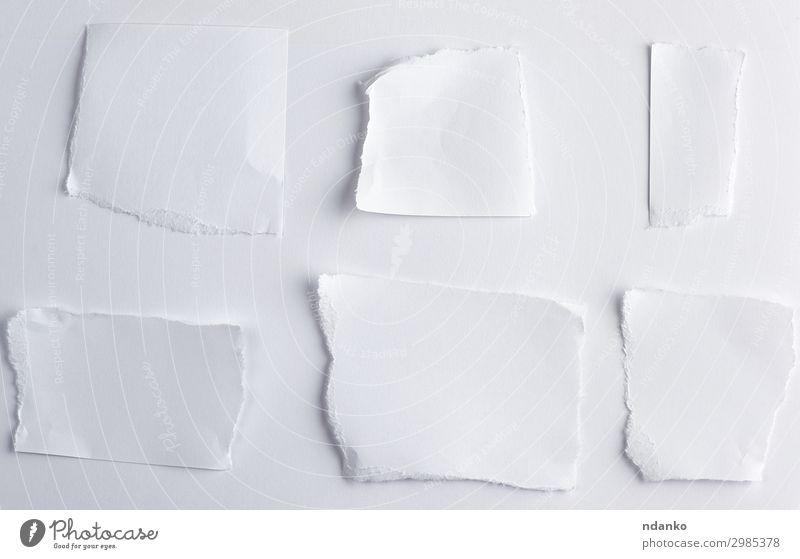 leere zerrissene Stücke von weißem Papier Büro Business Sammlung schreiben oben Idee konzeptionell Hintergrund blanko Mitteilung Entwurf zerknittert Ausschnitt