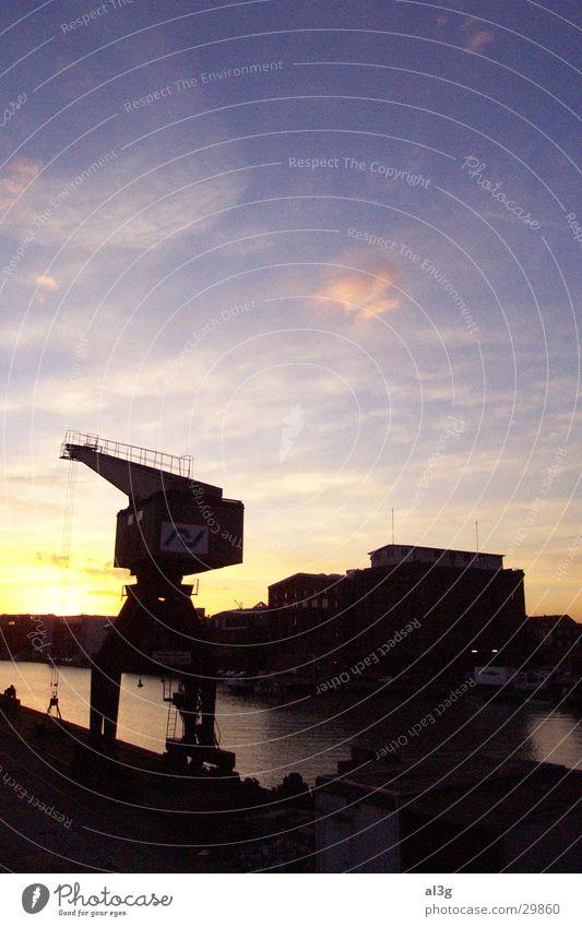 dockside02 Kran Sonnenuntergang Dock Hafengebäude Schifffahrt Schiffswerft