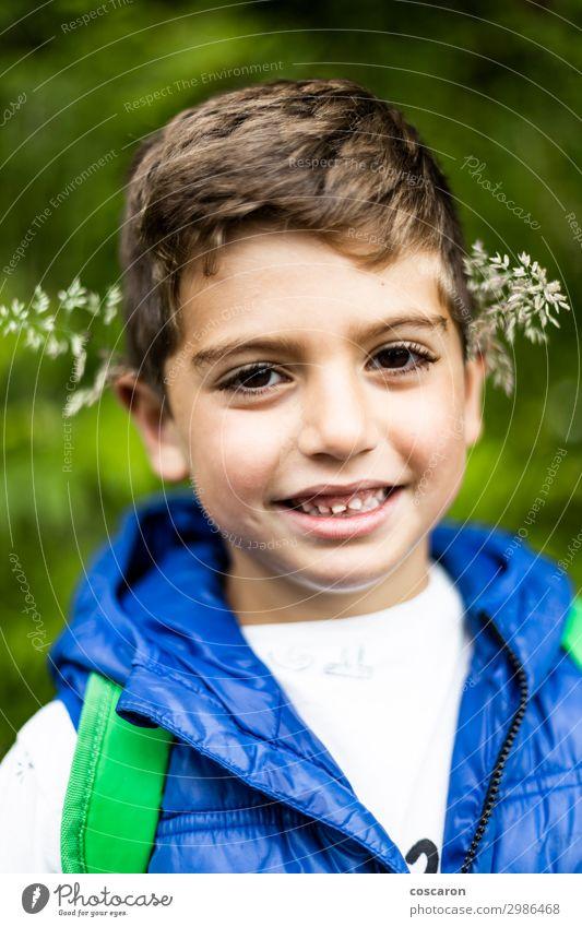 Kind Mensch Ferien & Urlaub & Reisen Natur Sommer Pflanze blau Farbe schön grün weiß Landschaft Blume Freude Wald Berge u. Gebirge