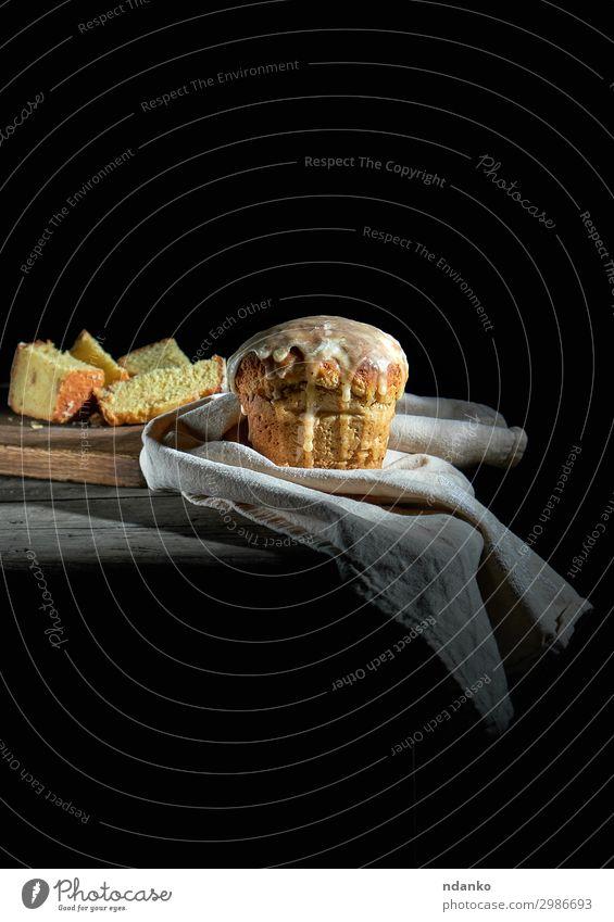traditionelles ukrainisches Ostergebäck Brot Kuchen Dessert Dekoration & Verzierung Tisch Ostern dunkel frisch braun gelb grau schwarz Religion & Glaube