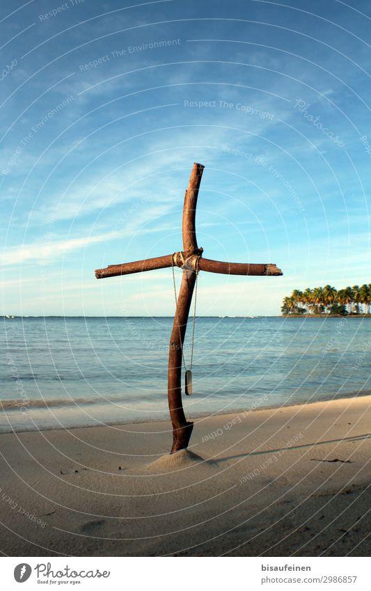 Urlaubsende Ferien & Urlaub & Reisen Meer Ferne Strand Tourismus Abenteuer Trauer Bucht Kreuz Palme maritim Holzkreuz