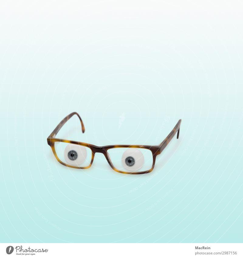 Brille mit Glasaugen Auge beobachten einfach blau Überwachung brille blickend Aussehen farbe Humor humorvoll farbiger Hintergrund Hintergrundbild