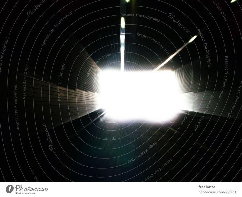 Tunnel Licht Geschwindigkeit weiß Verkehr Ausfahrt hell