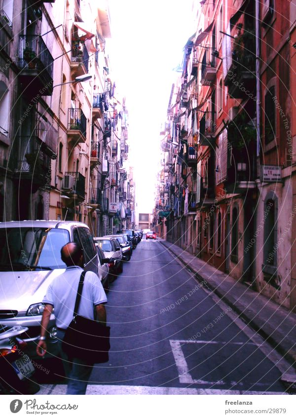Barcelona Ferien & Urlaub & Reisen Haus Leben Europa Spanien Gasse