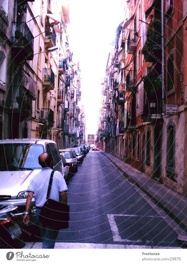 Barcelona Spanien Ferien & Urlaub & Reisen Gasse Haus Europa Stasse Leben