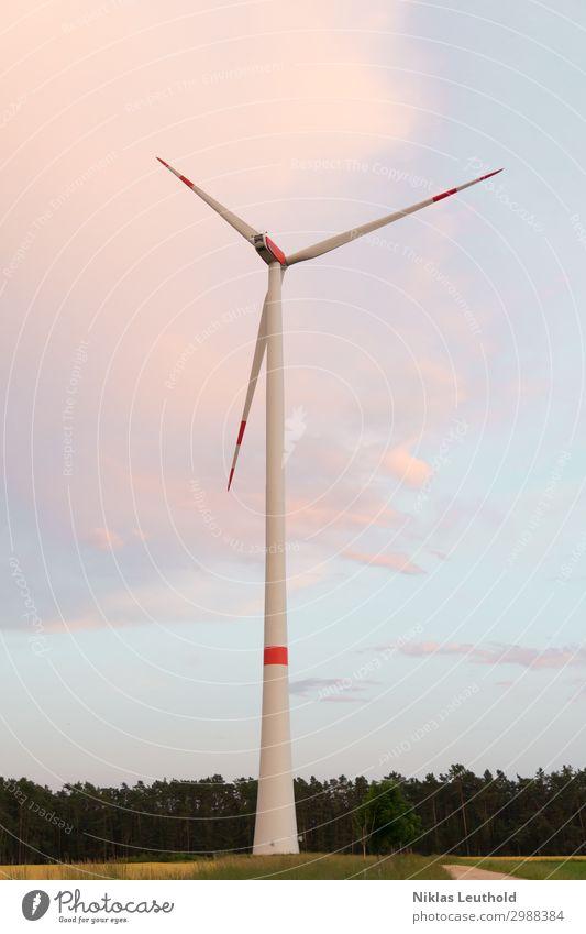 Windrad II Maschine Technik & Technologie Wissenschaften Fortschritt Zukunft Energiewirtschaft Erneuerbare Energie Windkraftanlage Industrie Himmel Wolken Feld